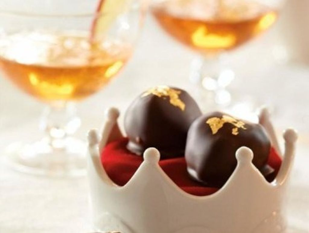 Gilded Caramel Red Prince Apple Truffles