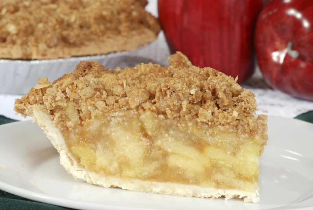 Red Prince Apple Crumble Pie