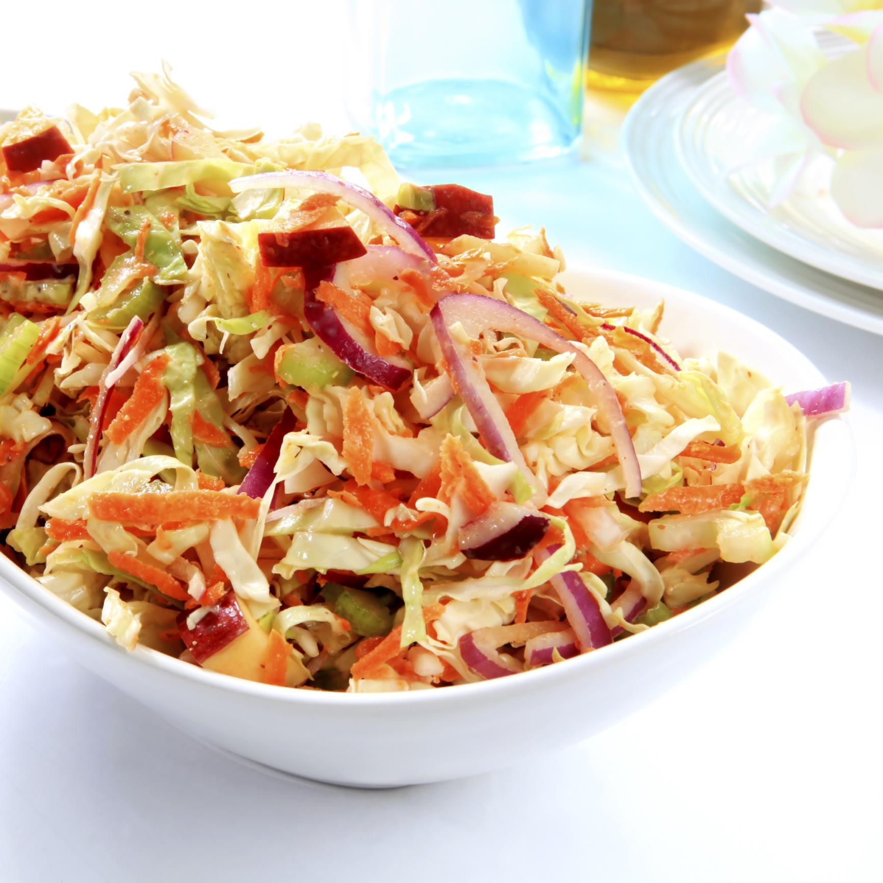 Salade de chou aux pommes Red Prince à l'asiatique