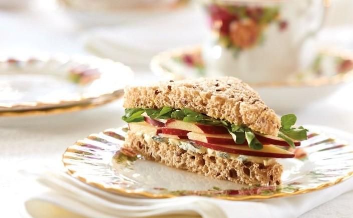 Sandwichs royaux pour l'heure du thé