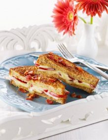 Red Prince Apple Cheddar Stuffed French Toast